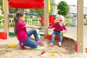 study-the-diploma-in-childcare-to-learn-how-to-diffuse-toddler-confrontations